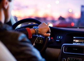 Jak wybraćszkołę prawa jazdy