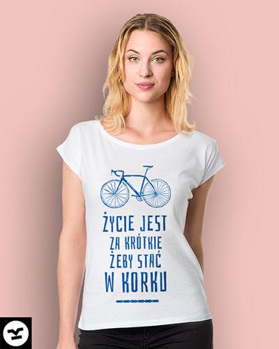 Okazjonalne koszulki z napisami